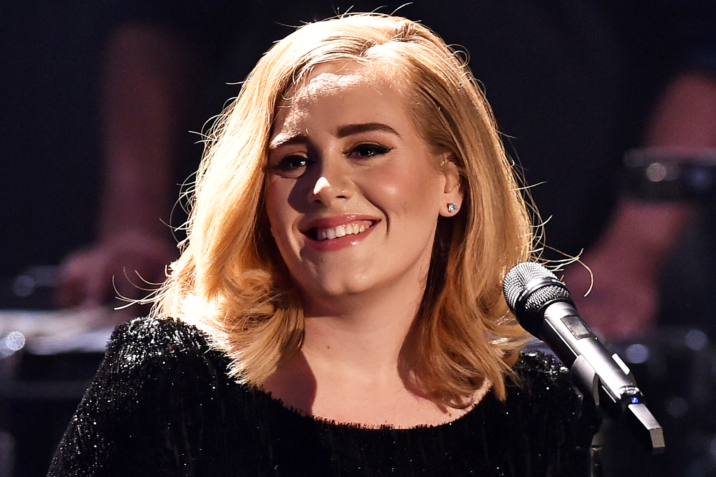 Adele Sexy Wallpapers