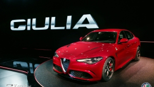 Alfa Romeo Giulia 2015 HD Desktop