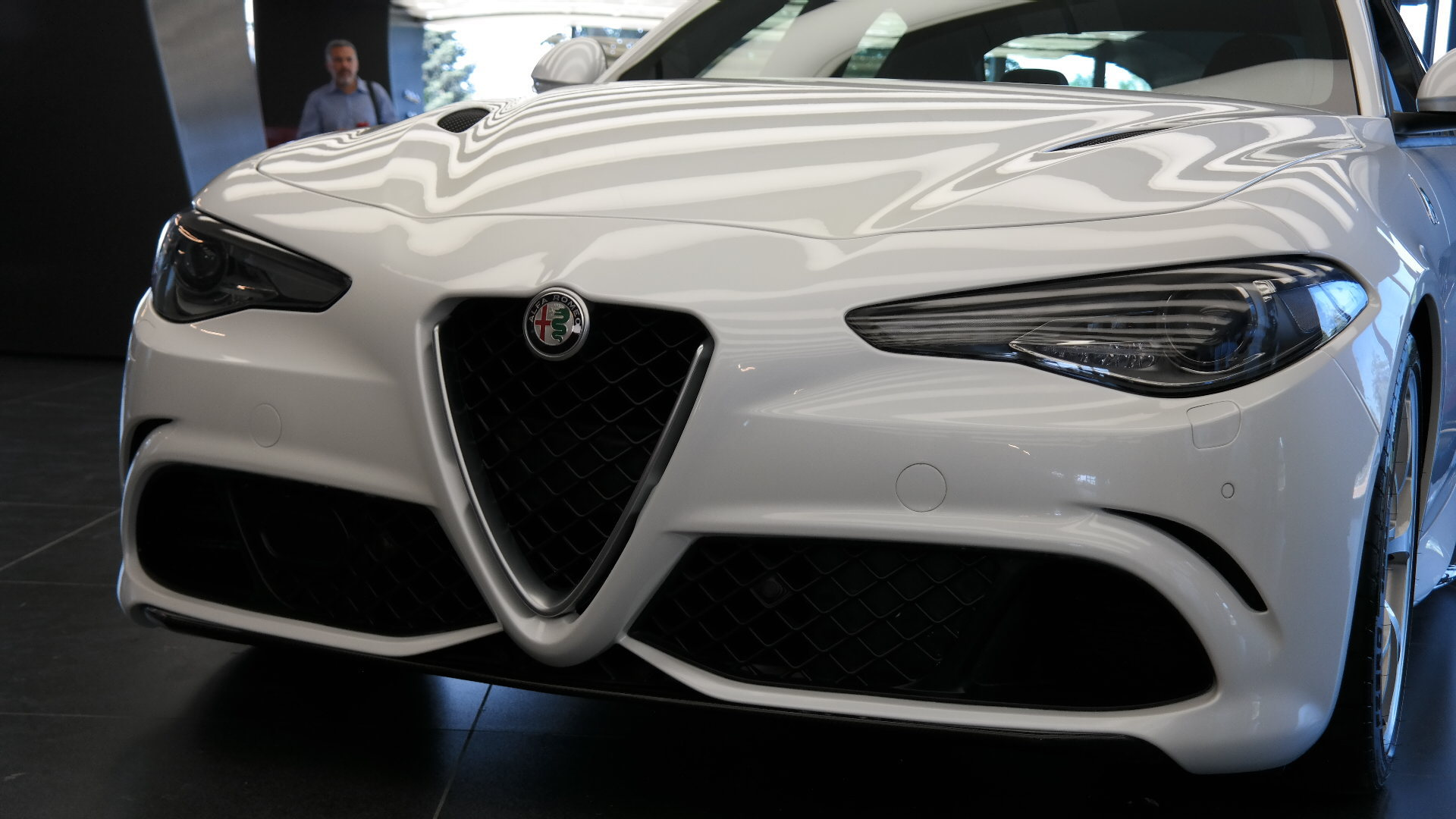 Alfa Romeo Giulia 2015 Wallpapers HD