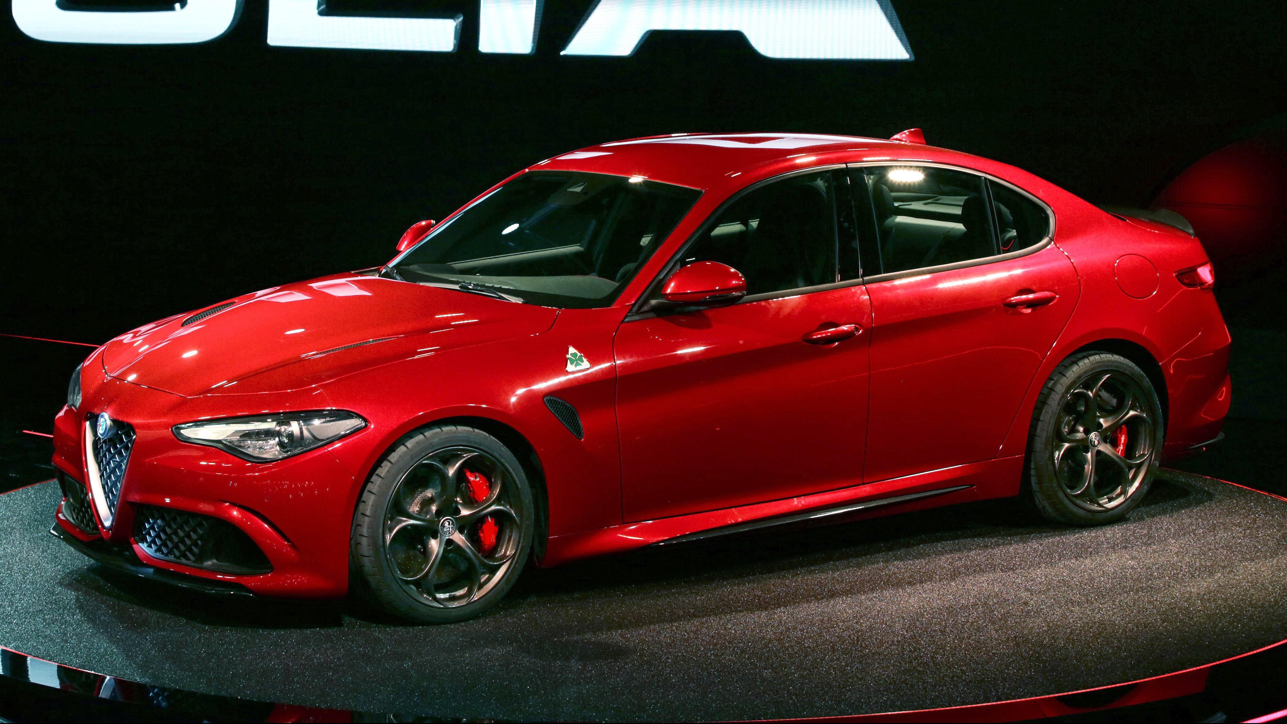 Alfa Romeo Giulia 2015 Wallpapers