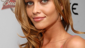 Ana Beatriz Barros Iphone HD Wallpaper