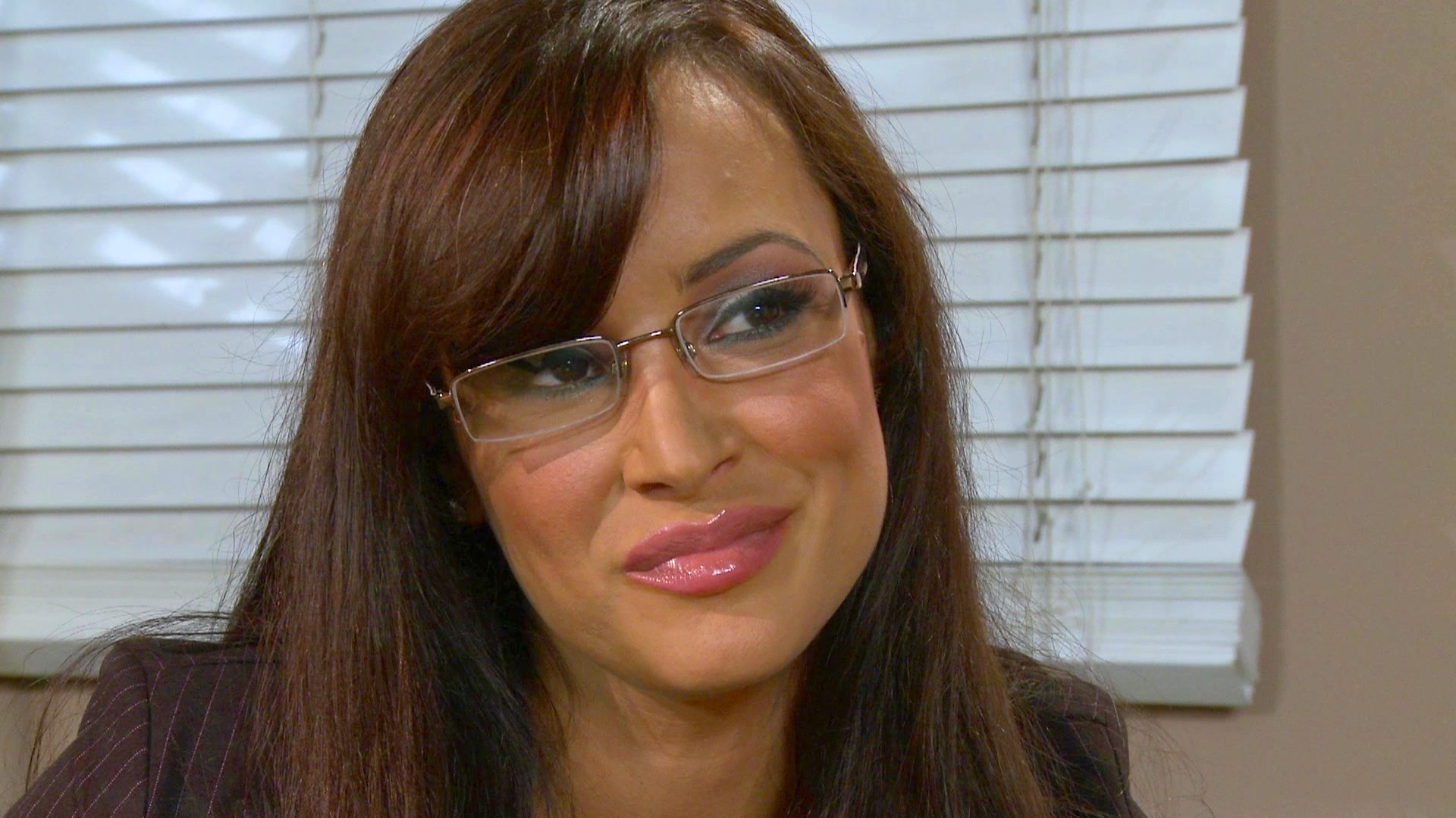 Lisa Ann Widescreen