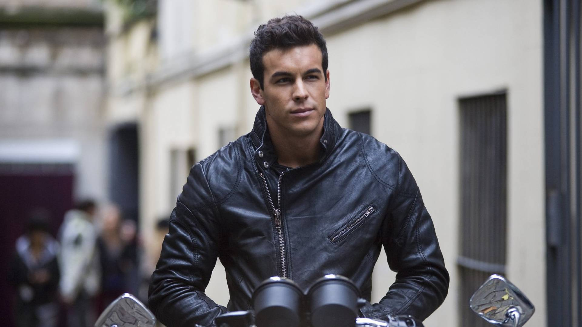 Mario Casas For Desktop
