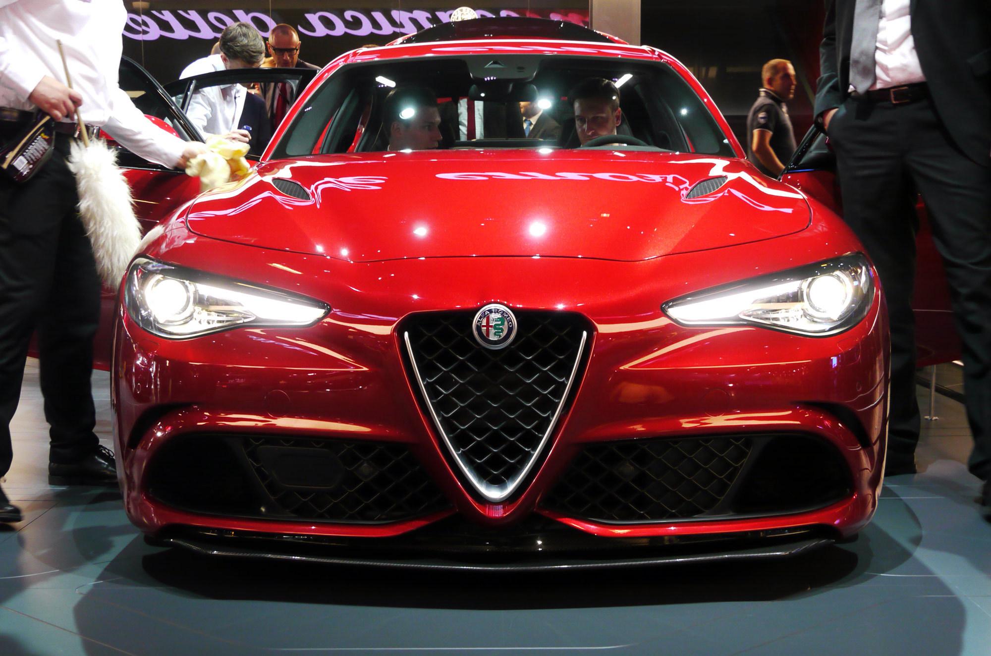 Pictures Of Alfa Romeo Giulia 2015