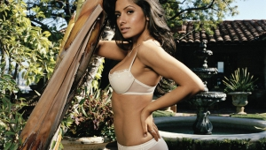 Sarah Shahi Full HD