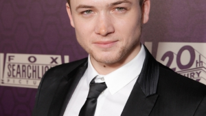 Taron Egerton Iphone Wallpapers