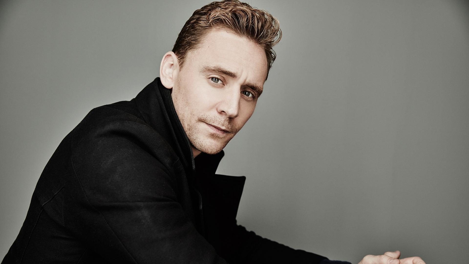 Tom Hiddleston Computer Wallpaper