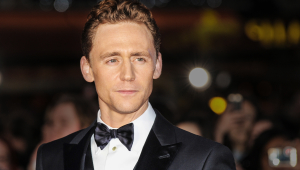 Tom Hiddleston HD Wallpaper