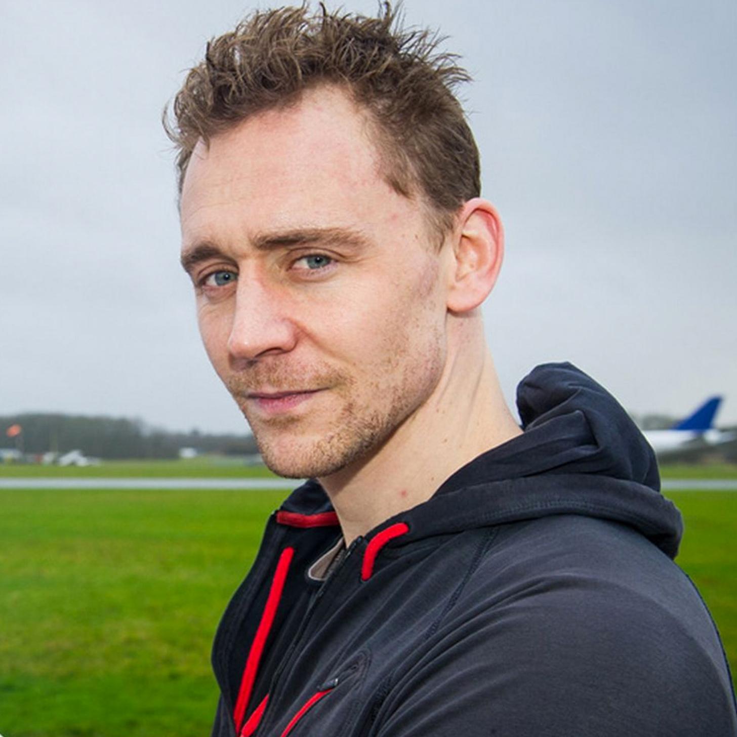 Tom Hiddleston Photos