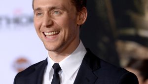 Tom Hiddleston Widescreen