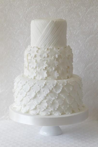 White Wedding Cake Awesome Ideas