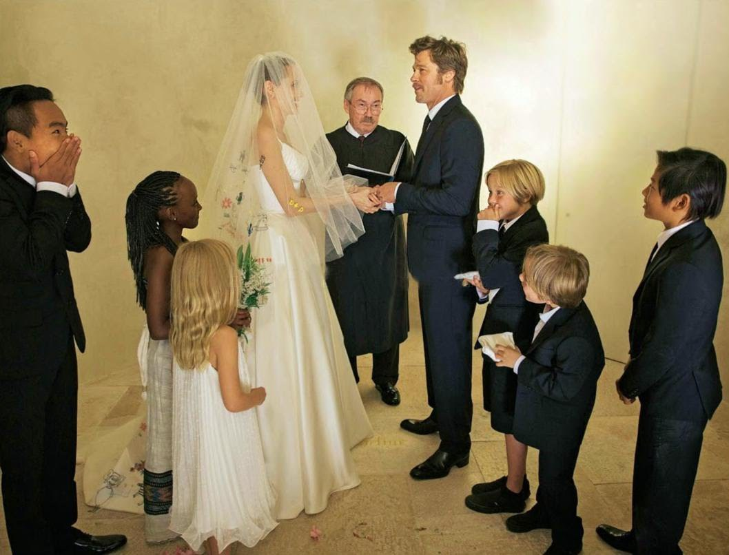 Angelina And Brad Wedding Pictures