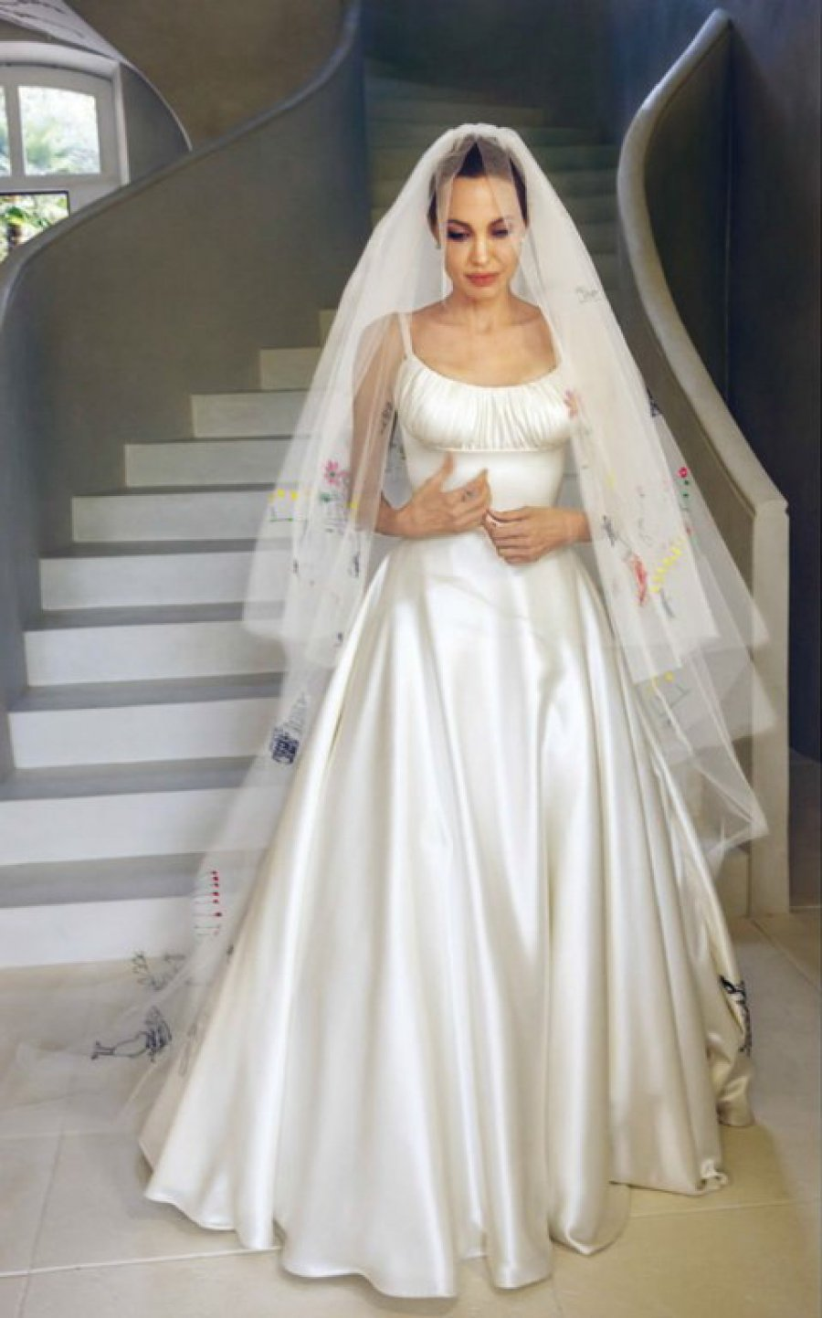 Angelina Jolie Wedding Photos