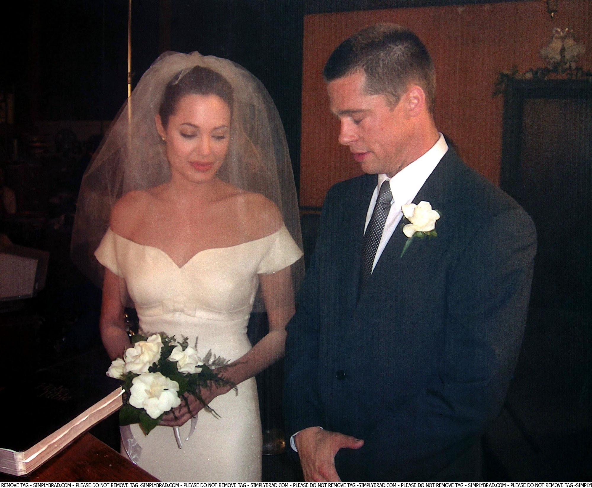 Angelina Jolie Wedding Pictures