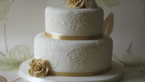 Brush Embroidery Wedding Cake Designs Ideas 1