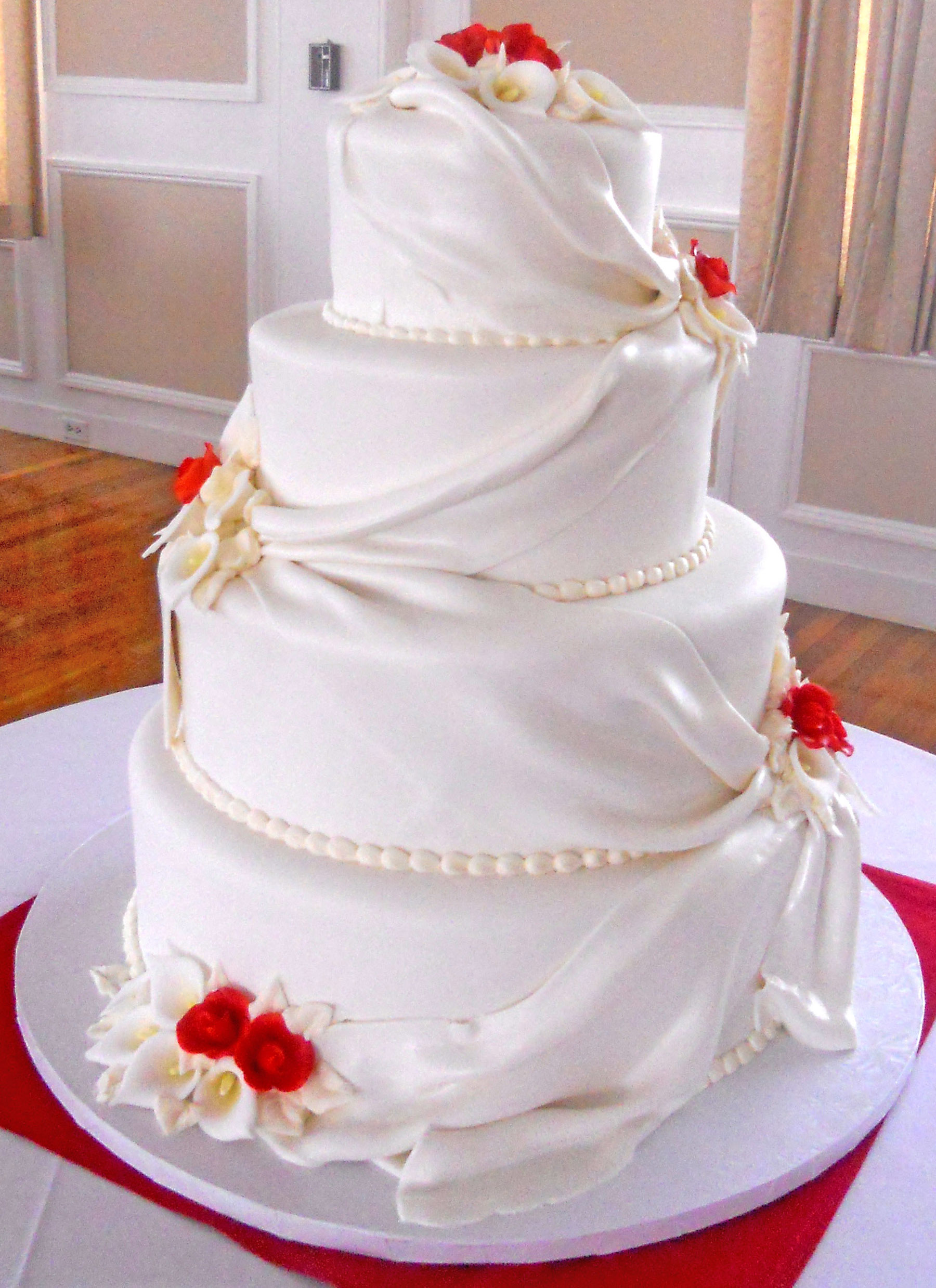 Elegan Wedding Cakes