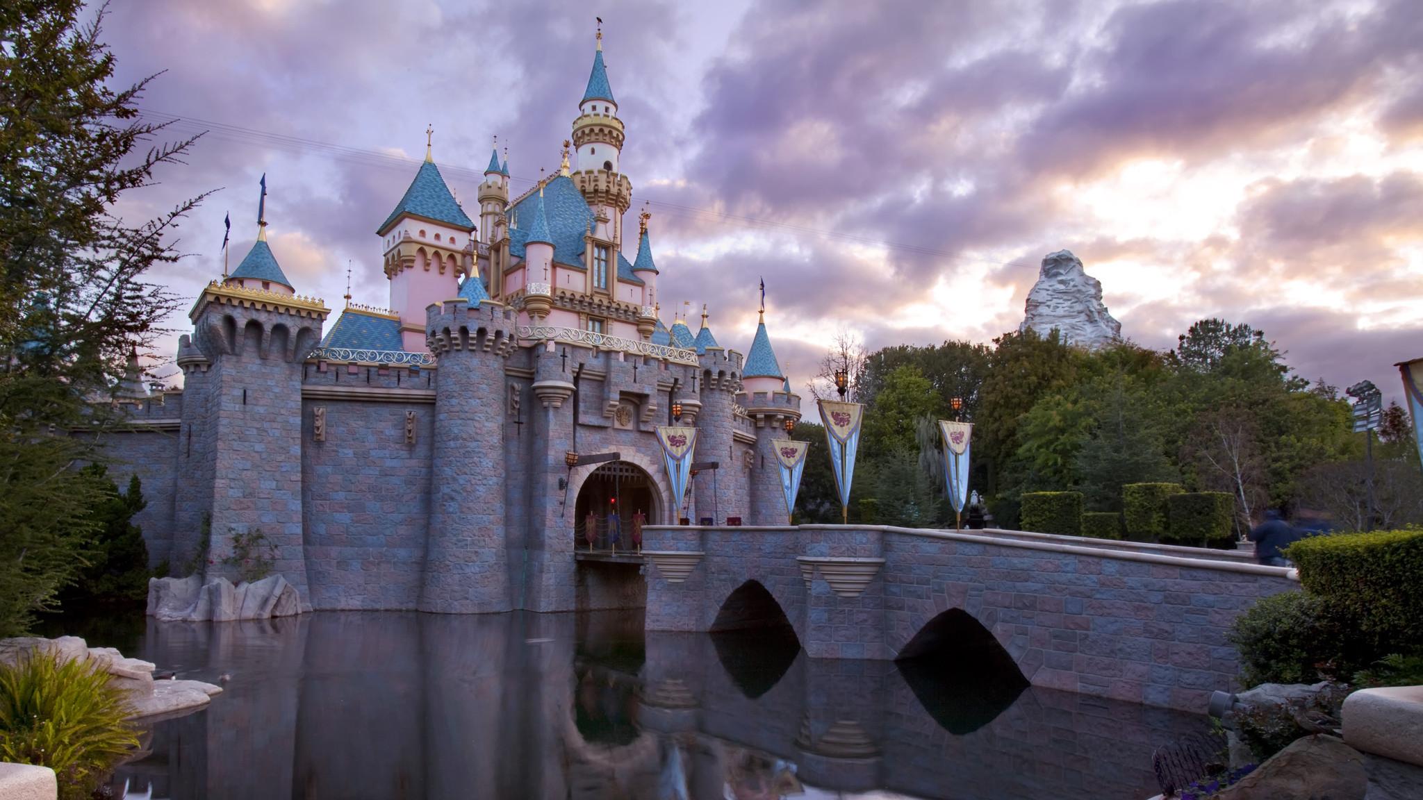 Images Of Disneyland