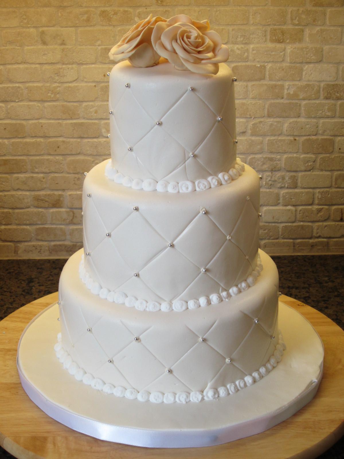 White Pearl Wedding Cake