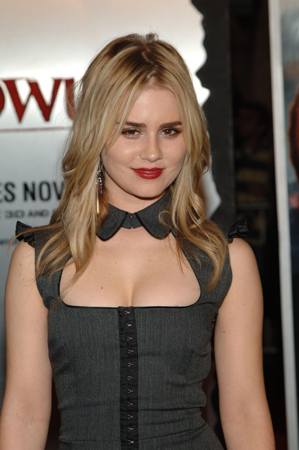 Alison Lohman HD Iphone