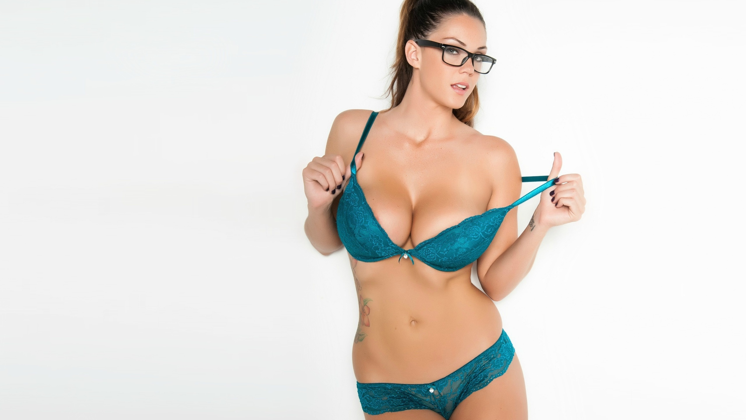 Alison Tyler Wallpapers HQ