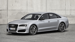 Audi S8 Plus Photos