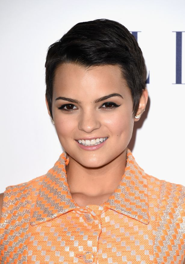 Brianna Hildebrand High Quality Wallpapers For Iphone