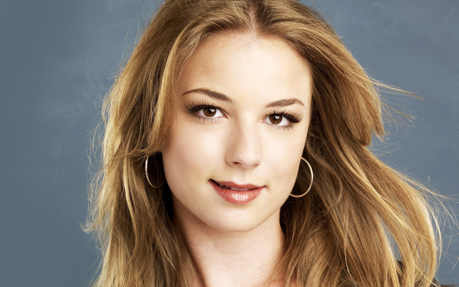 Emily VanCamp High Quality Wallpapers