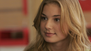 Emily VanCamp Pictures
