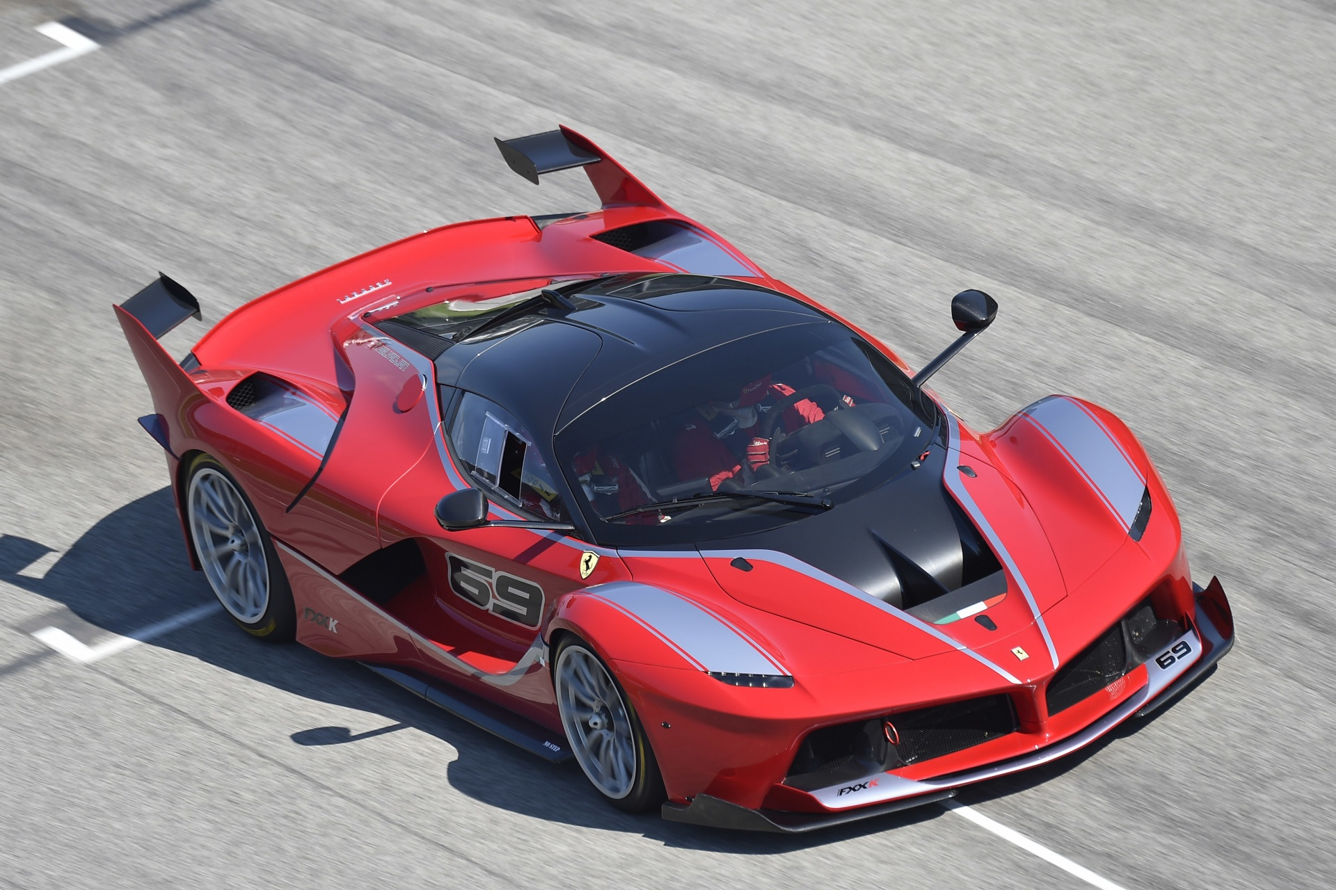 Ferrari FXX K Wallpapers And Backgrounds