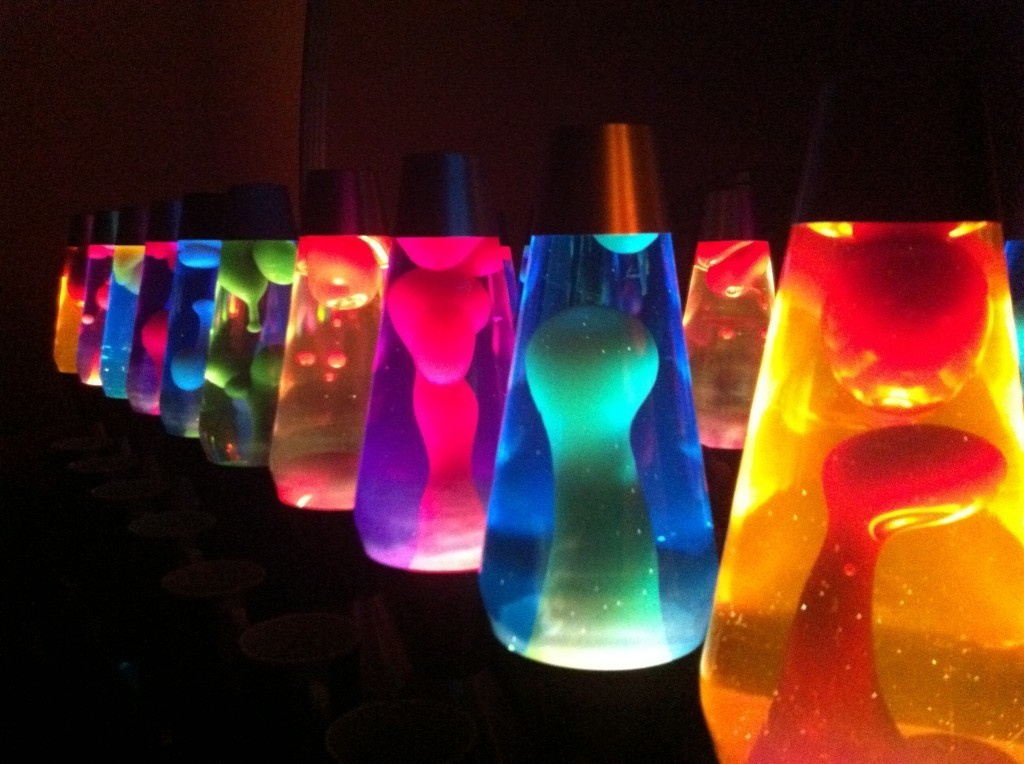 Battery powered table lamps