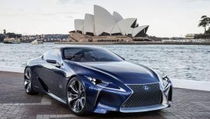 Lexus LC 500h Desktop Images