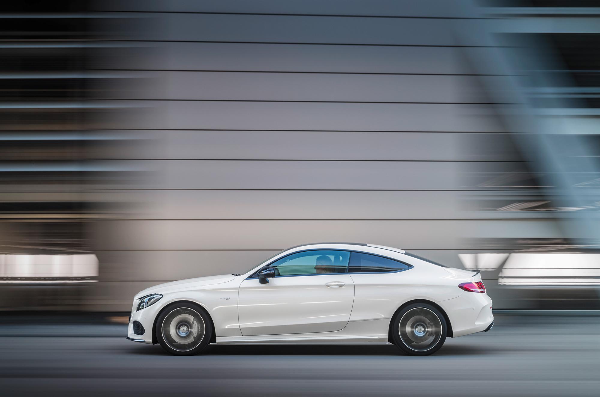 Mercedes AMG C 43 Pictures