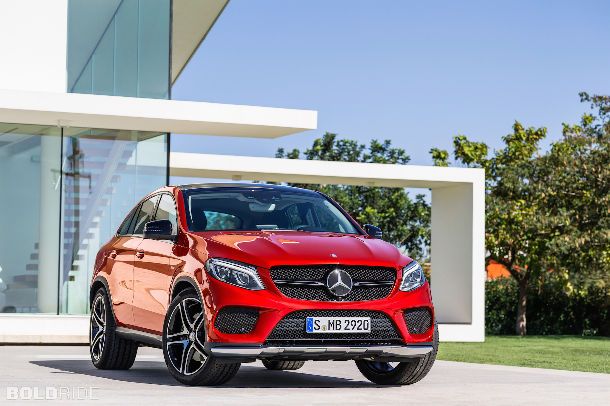 Mercedes Benz GLE Coupe Backgrounds