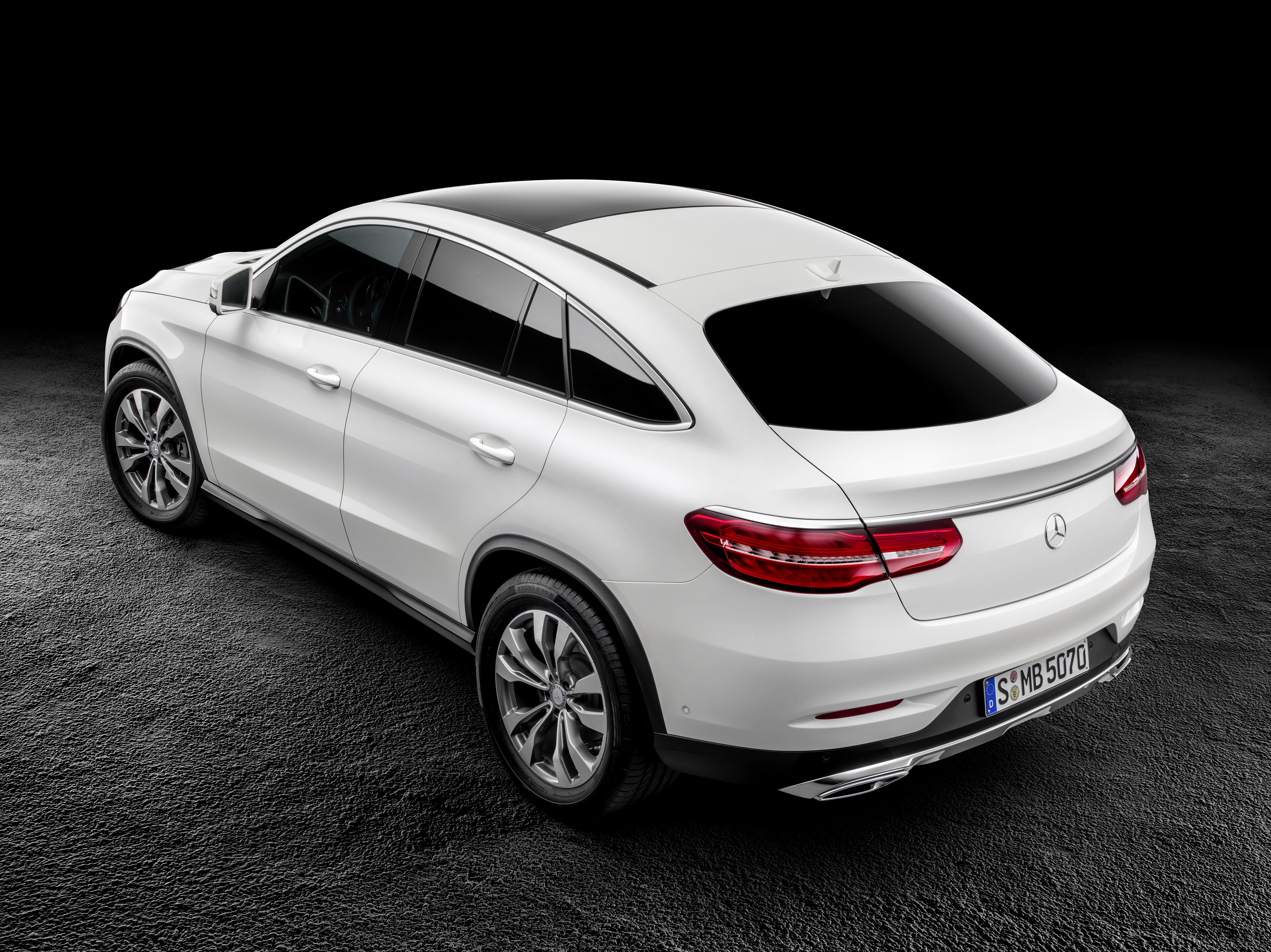 Mercedes Benz GLE Coupe Wallpapers