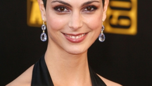 Morena Baccarin HD Iphone