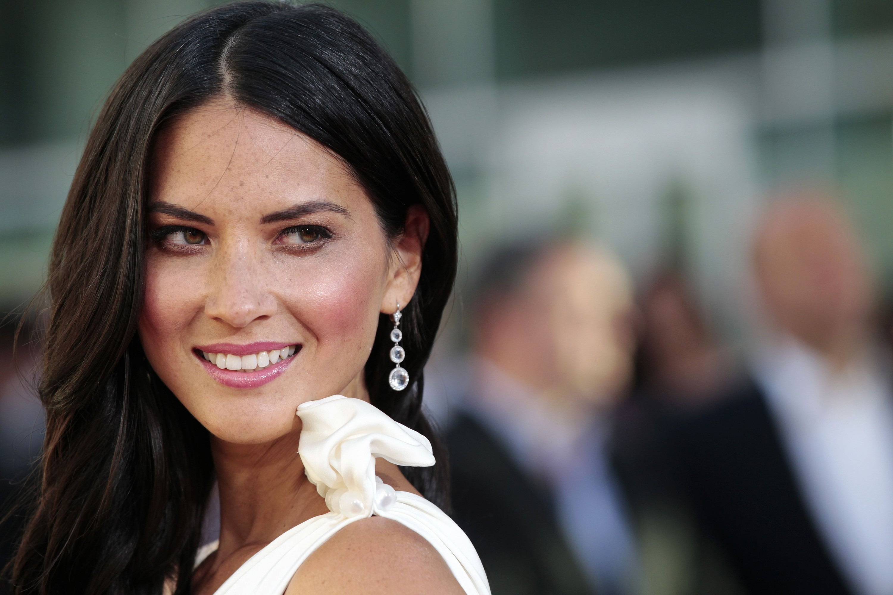 Olivia Munn High Definition Wallpapers