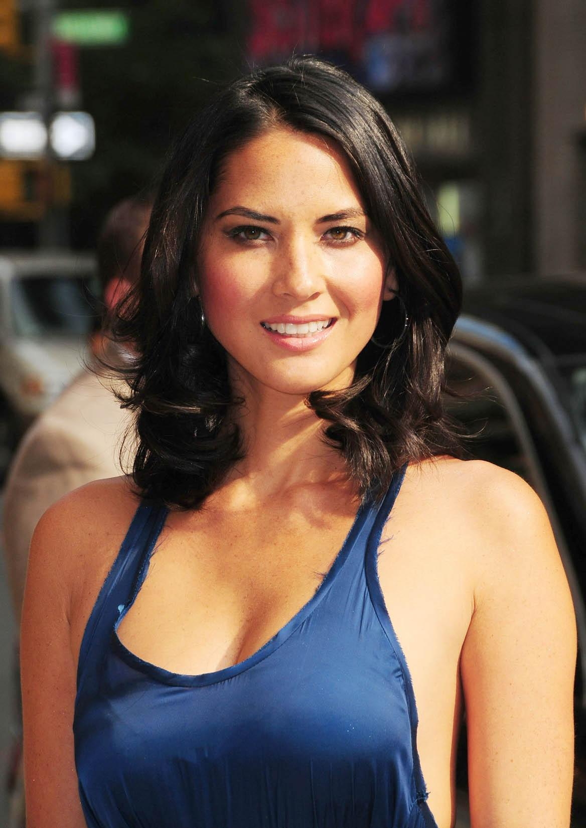Olivia Munn Iphone Sexy Wallpapers
