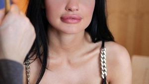 Aletta Ocean Android Wallpapers