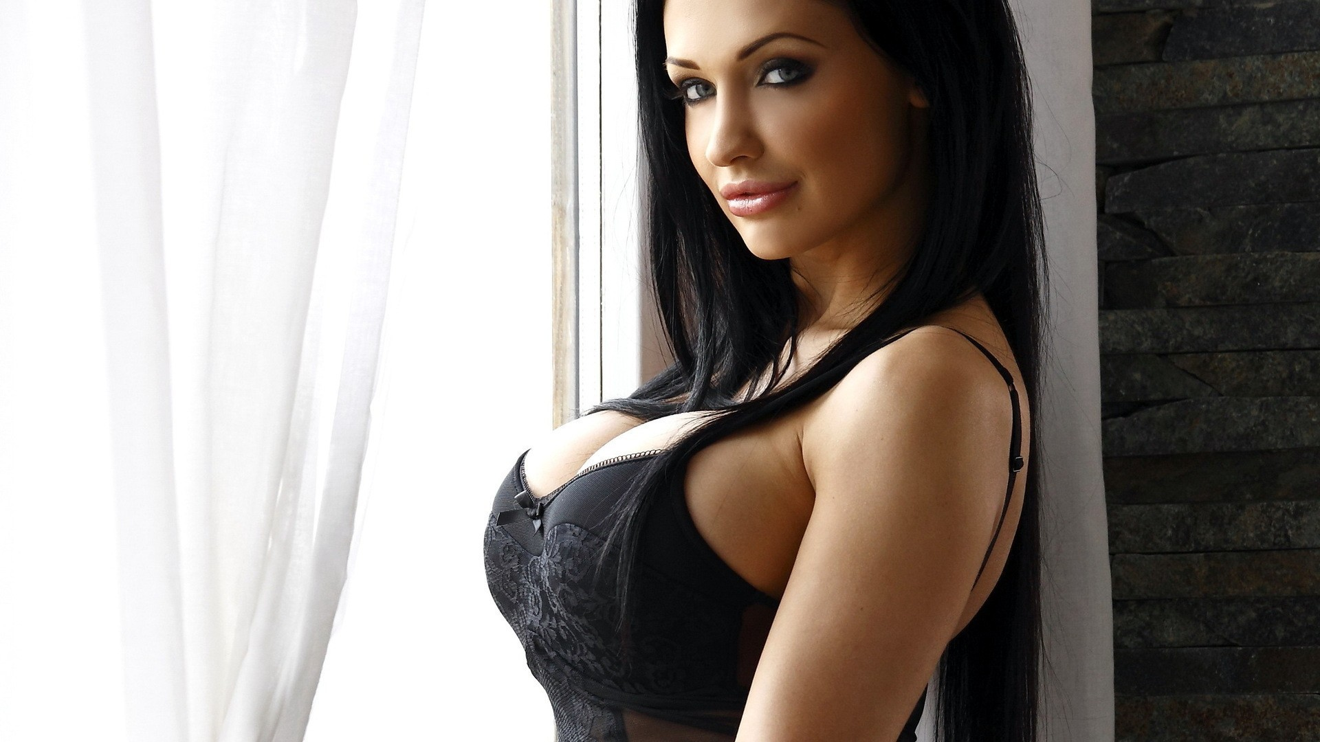 Aletta Ocean Sexy Images