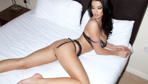 Alice Goodwin HD Background