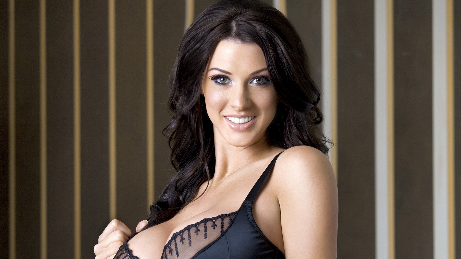 Alice Goodwin Wallpapers HQ