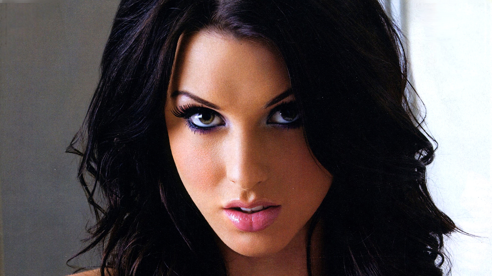 Alice Goodwin Wallpapers