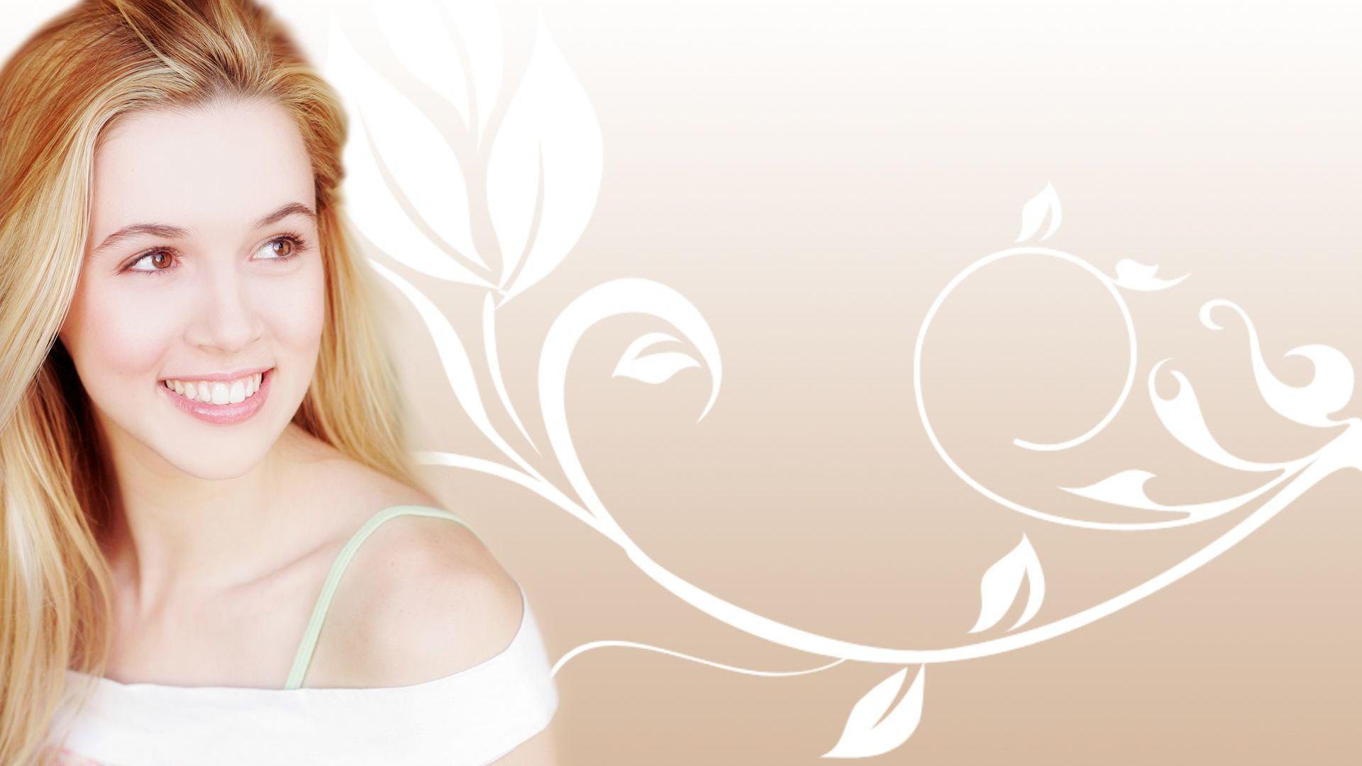 Alona Tal Background
