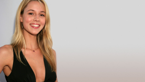 Alona Tal Computer Wallpaper