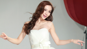 Angelababy Desktop Wallpaper