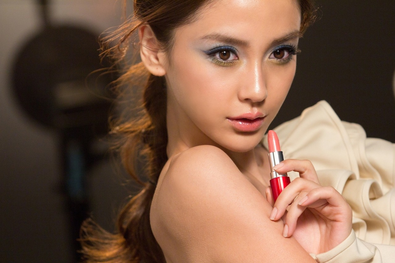 Angelababy Wallpaper For Laptop
