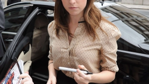 Anna Kendrick High Quality Wallpapers For Iphone