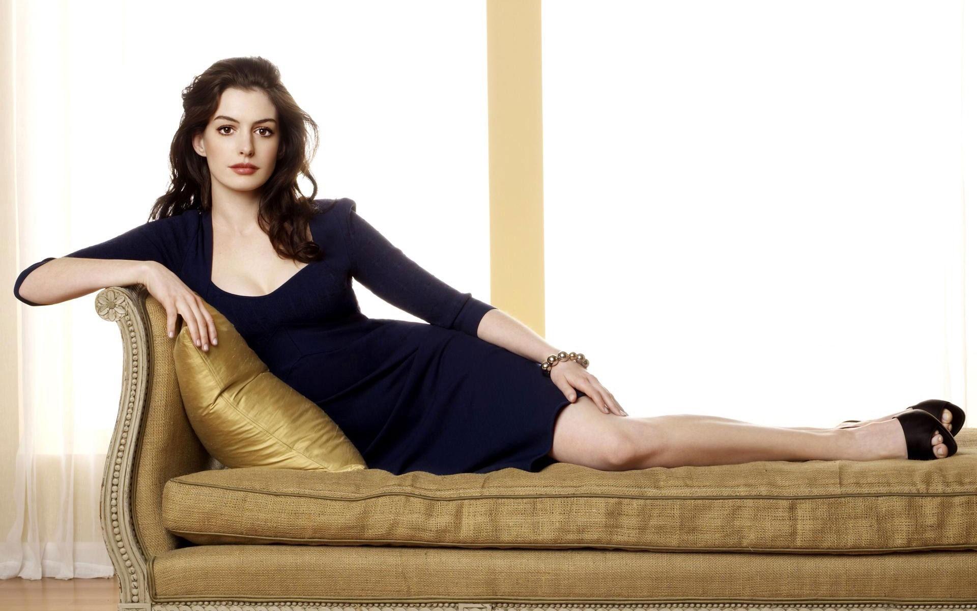 Anne Hathaway Free Download