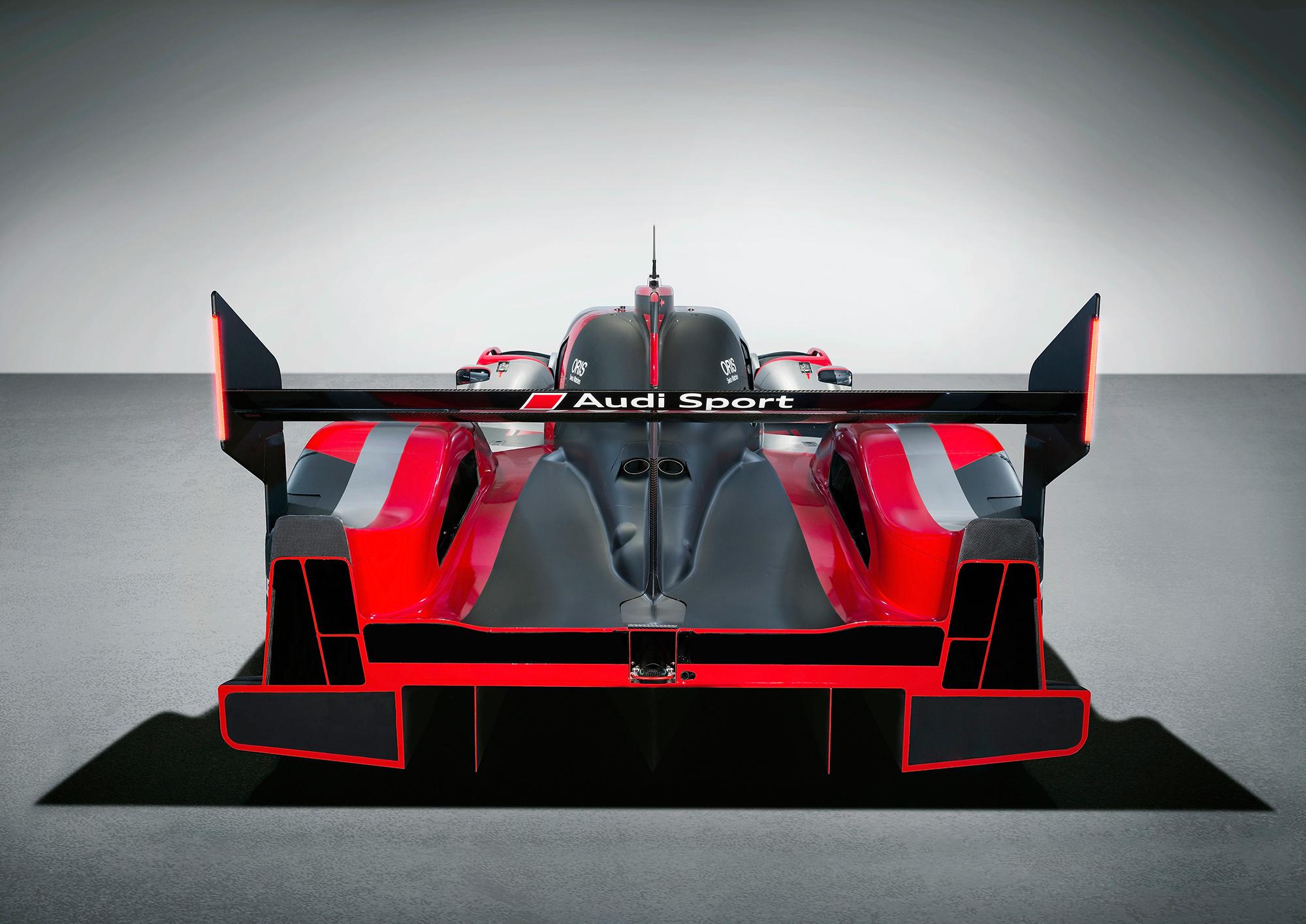 Audi R18 Photos