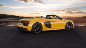 Audi R8 Spyder Images